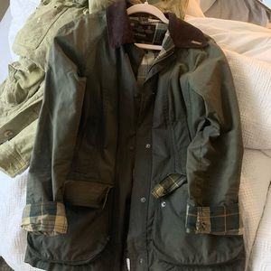 BARBOUR WOMEN'S CLASSIC BEADNELL JACKET